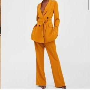 Zara Mustard Pant Suit - Famous , bloggers fav!